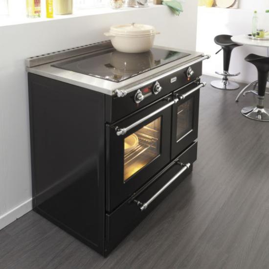 piano cuisine bois gaz. Black Bedroom Furniture Sets. Home Design Ideas